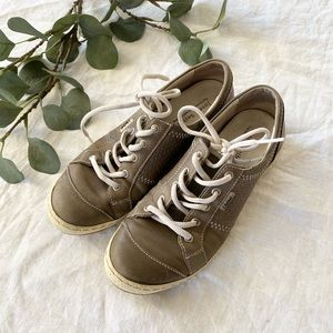 Joseph Seibel | leather sneakers